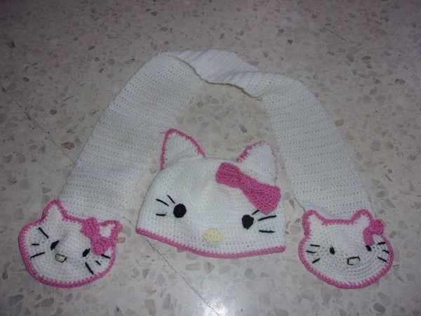 Hello Kitty au tricot DIY modèle tuto gratuit - Fils de Lilou ... | 450x600